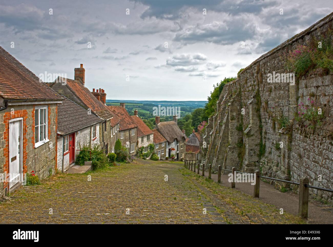Gold Hill, Shaftesbury, (Hovis Advert) Dorset, England, Uk. - Stock Image