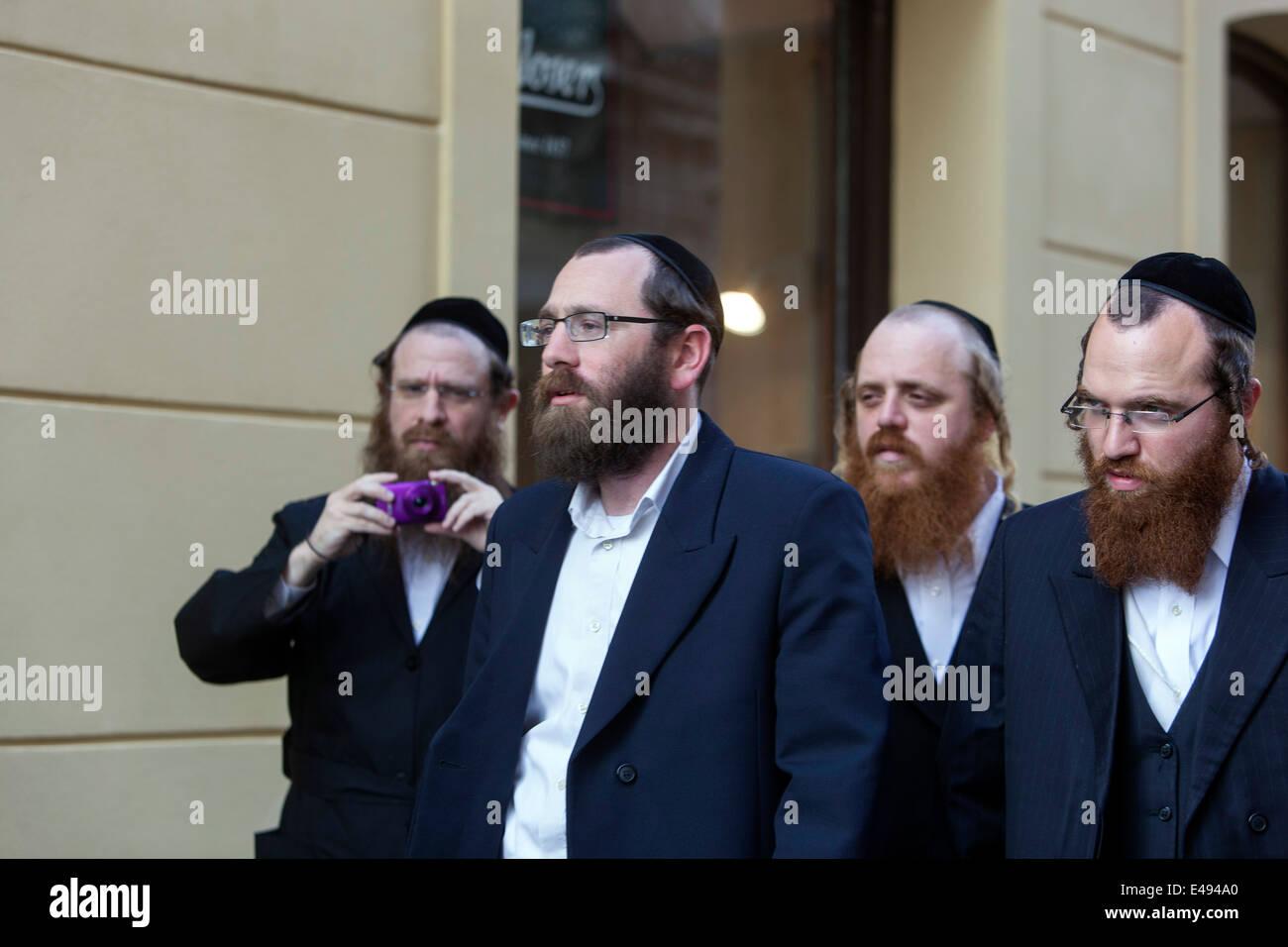Orthodox Jews in Prague Czech - Stock Image