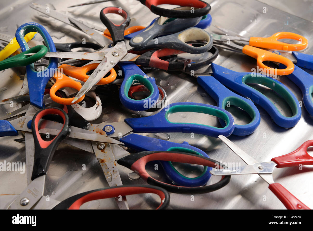 Pile of old scissors - Stock Image