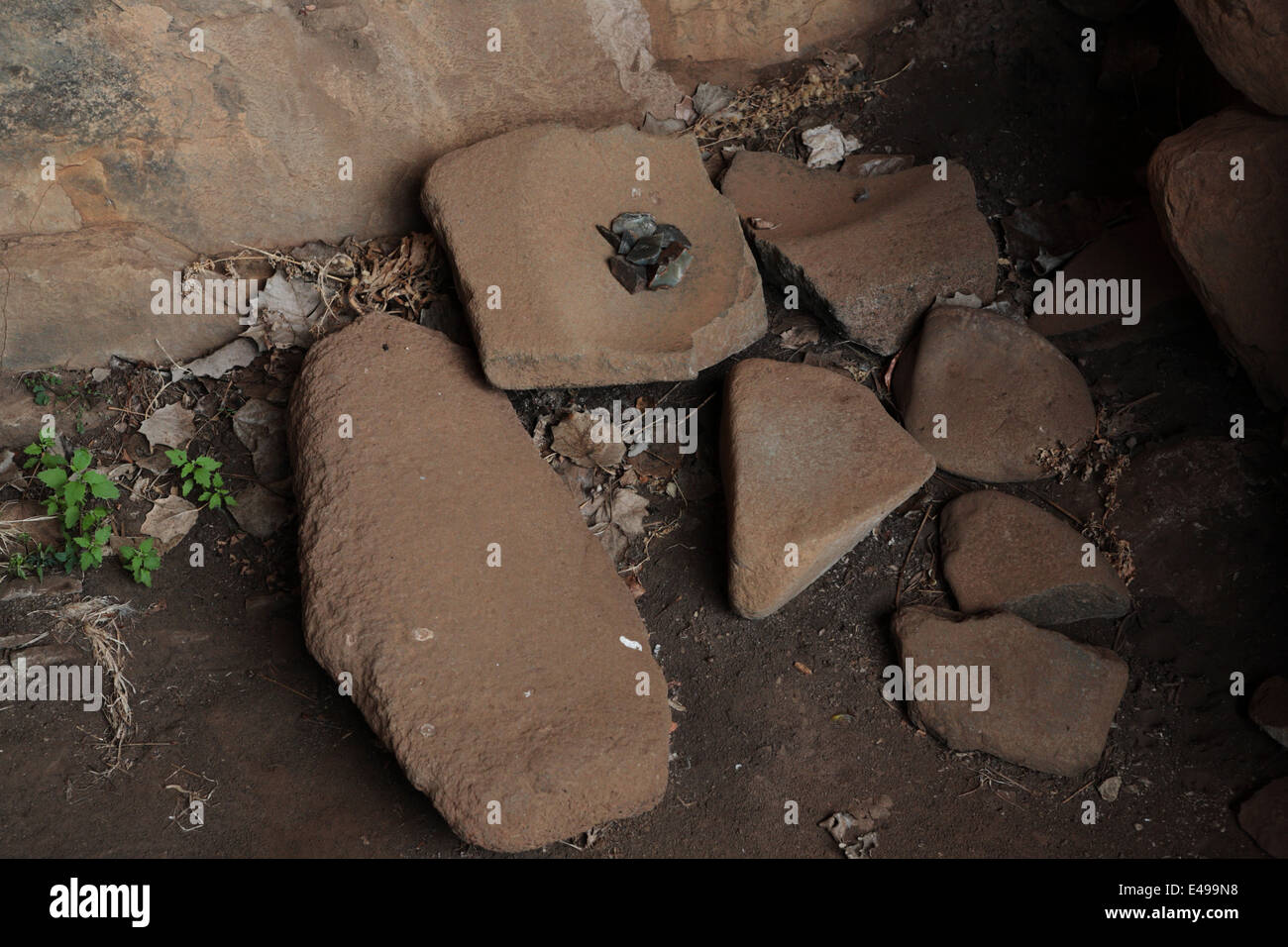 Stone age implements in Liphofung Cave, Lesotho - Stock Image