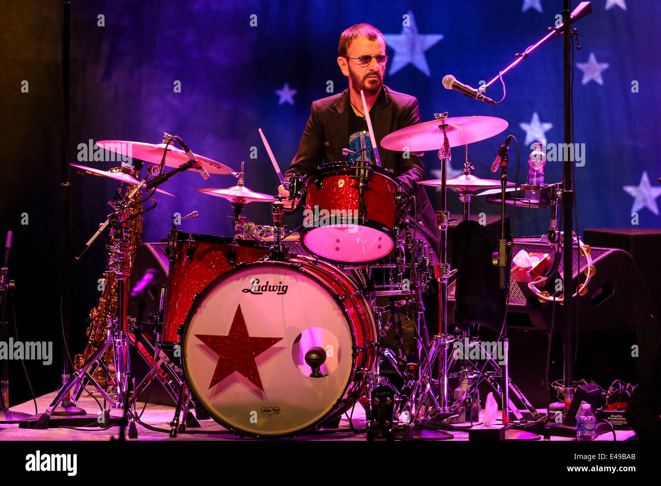 Ringo Starr and his All Star Band perform live in concert - Stock Image