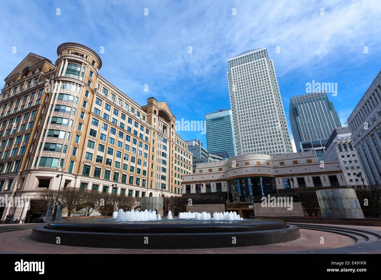 Cabot Square, Canary Wharf, Docklands, London, England, United Kingdom, Europe - Stock Image