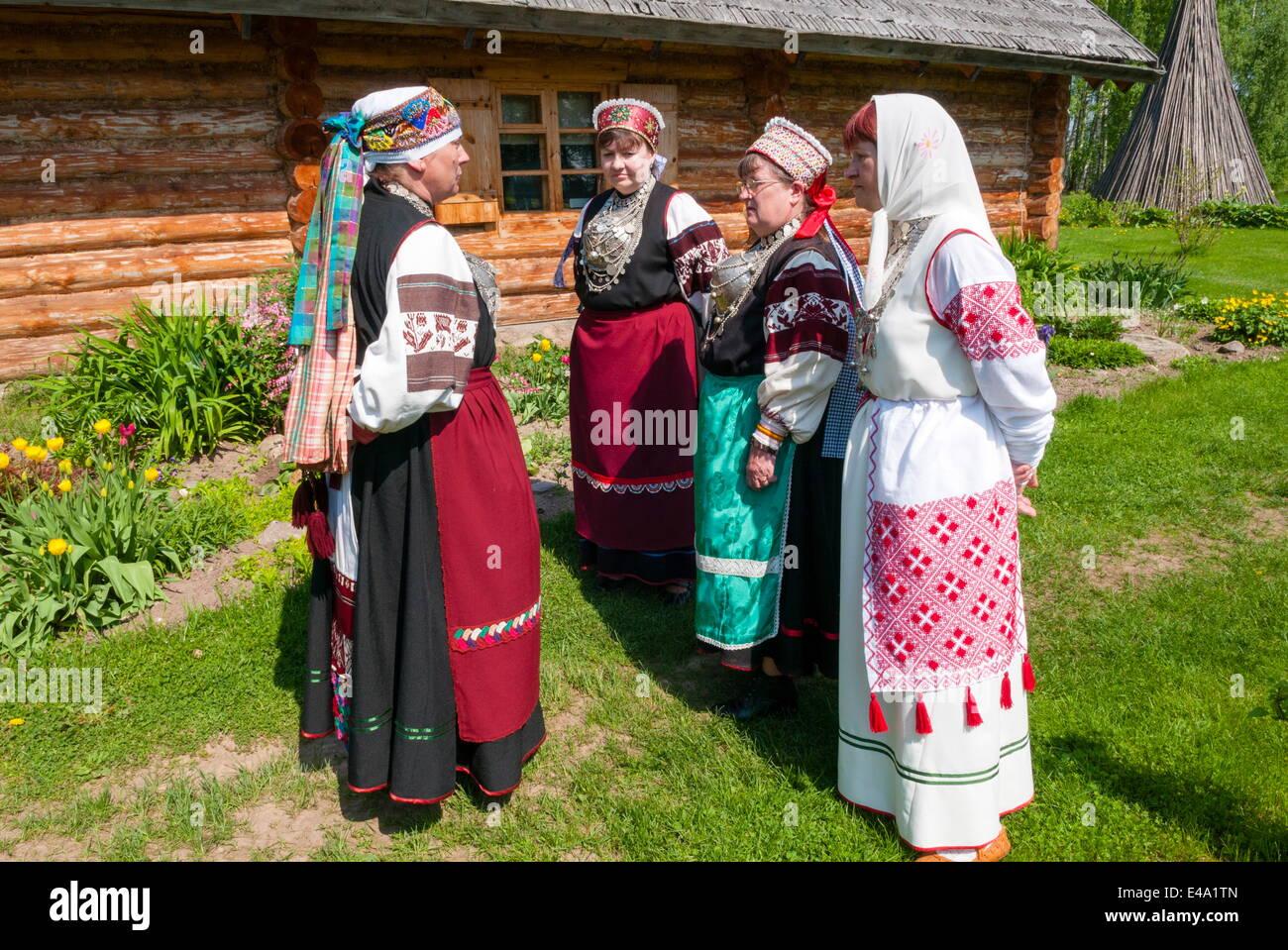 Seto women in traditional costume, Seto Farm Museum, Varska, Estonia, Baltic States, Europe - Stock Image