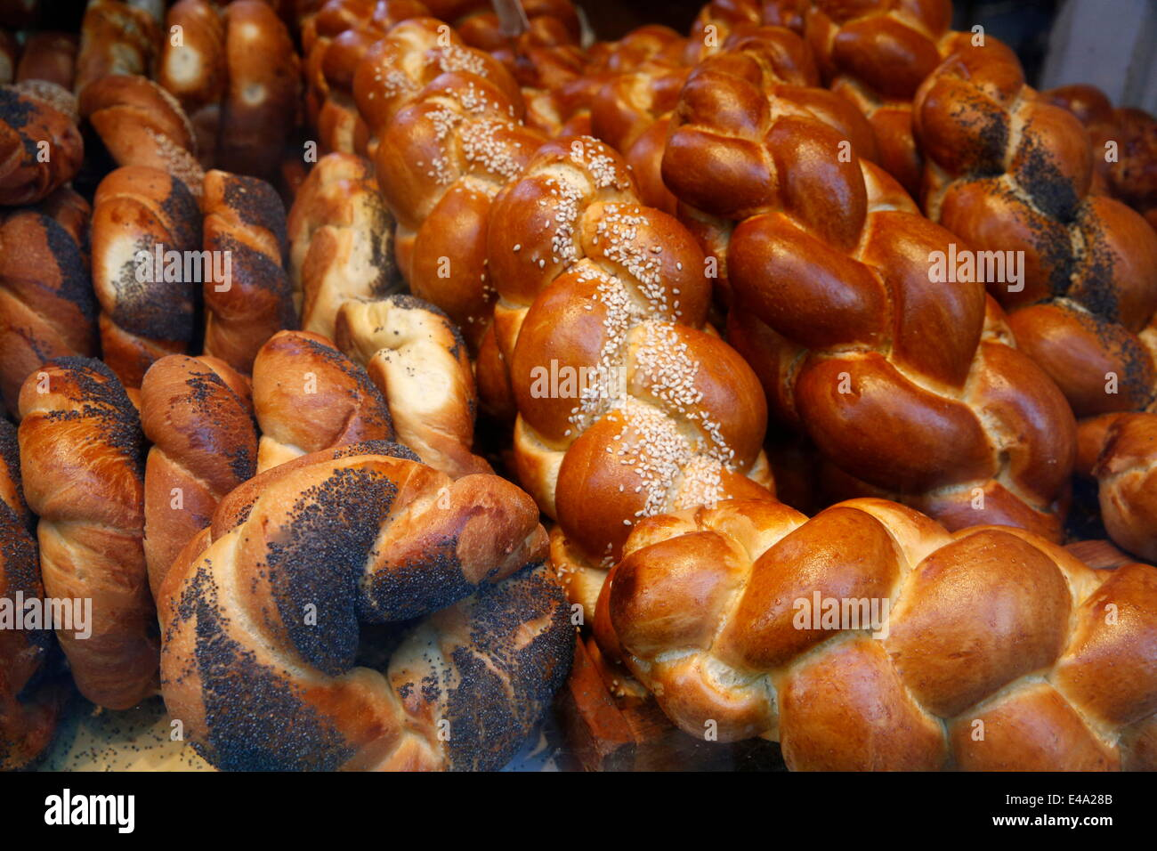 Bagels in a Jewish bakery, Paris, France, Europe - Stock Image