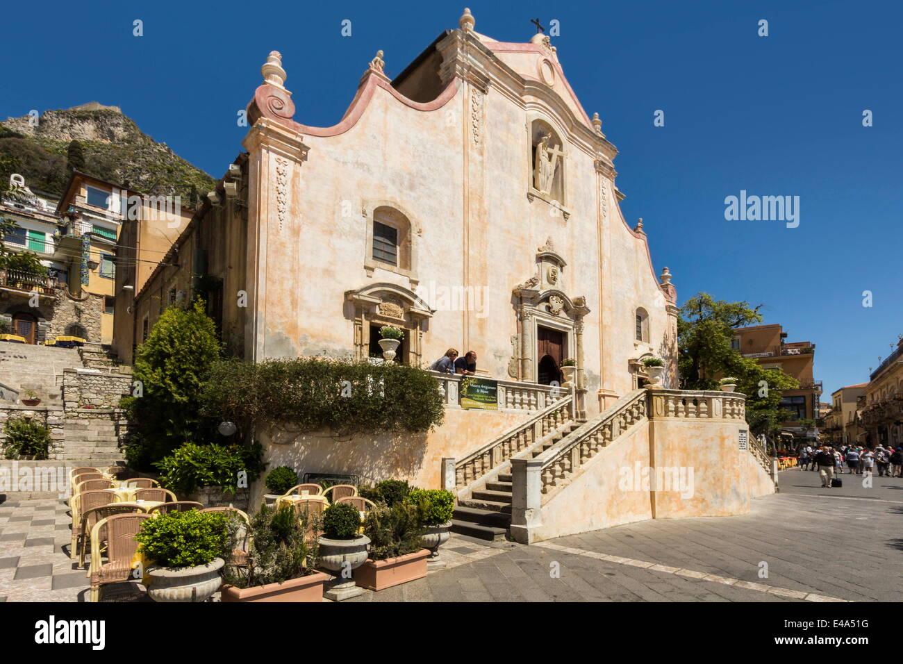 San Giuseppe Church and Piazza 9 April on Corso Umberto, Taormina, Catania Province, Sicily, Italy - Stock Image