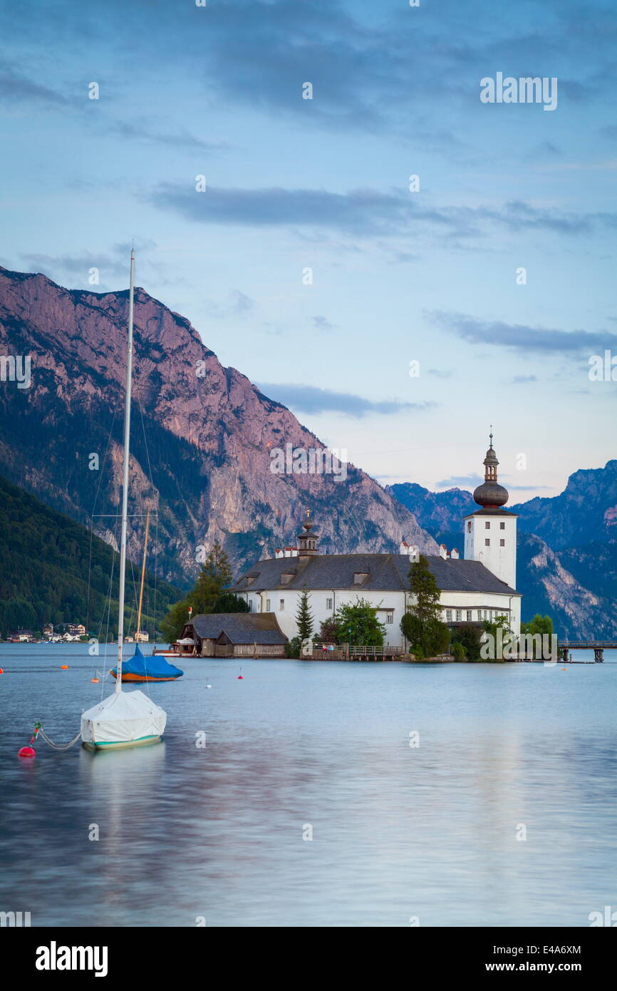 Picturesque Schloss Ort, Lake Traunsee, Gmunden, Salzkammergut, Upper Austria, Austria, Europe - Stock Image