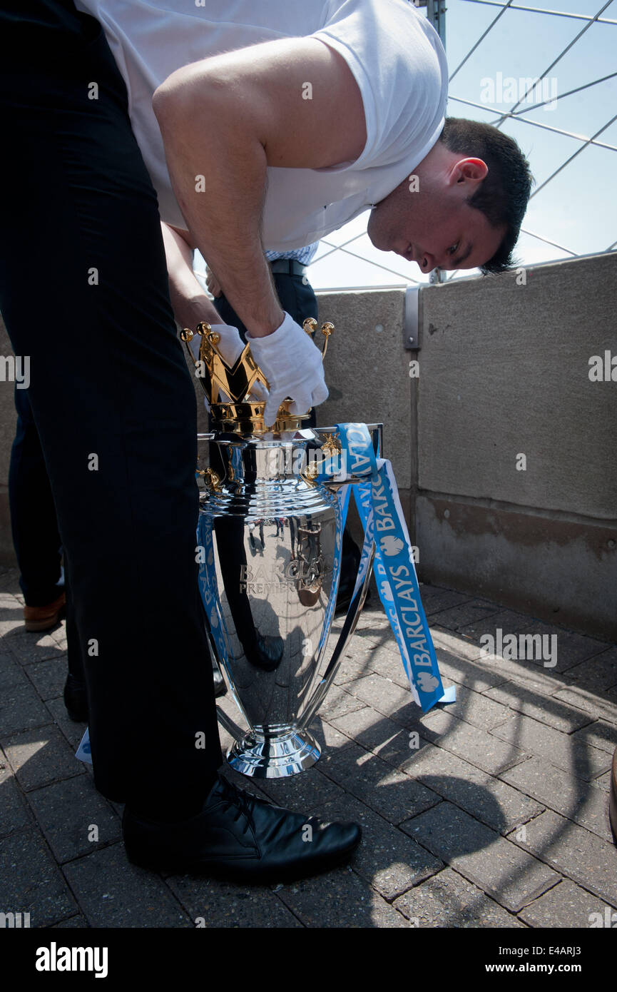 Manhattan, New York, USA. 7th July, 2014. The 2014 Barclay's Premiere League Trophy, won by Manchester City, - Stock Image