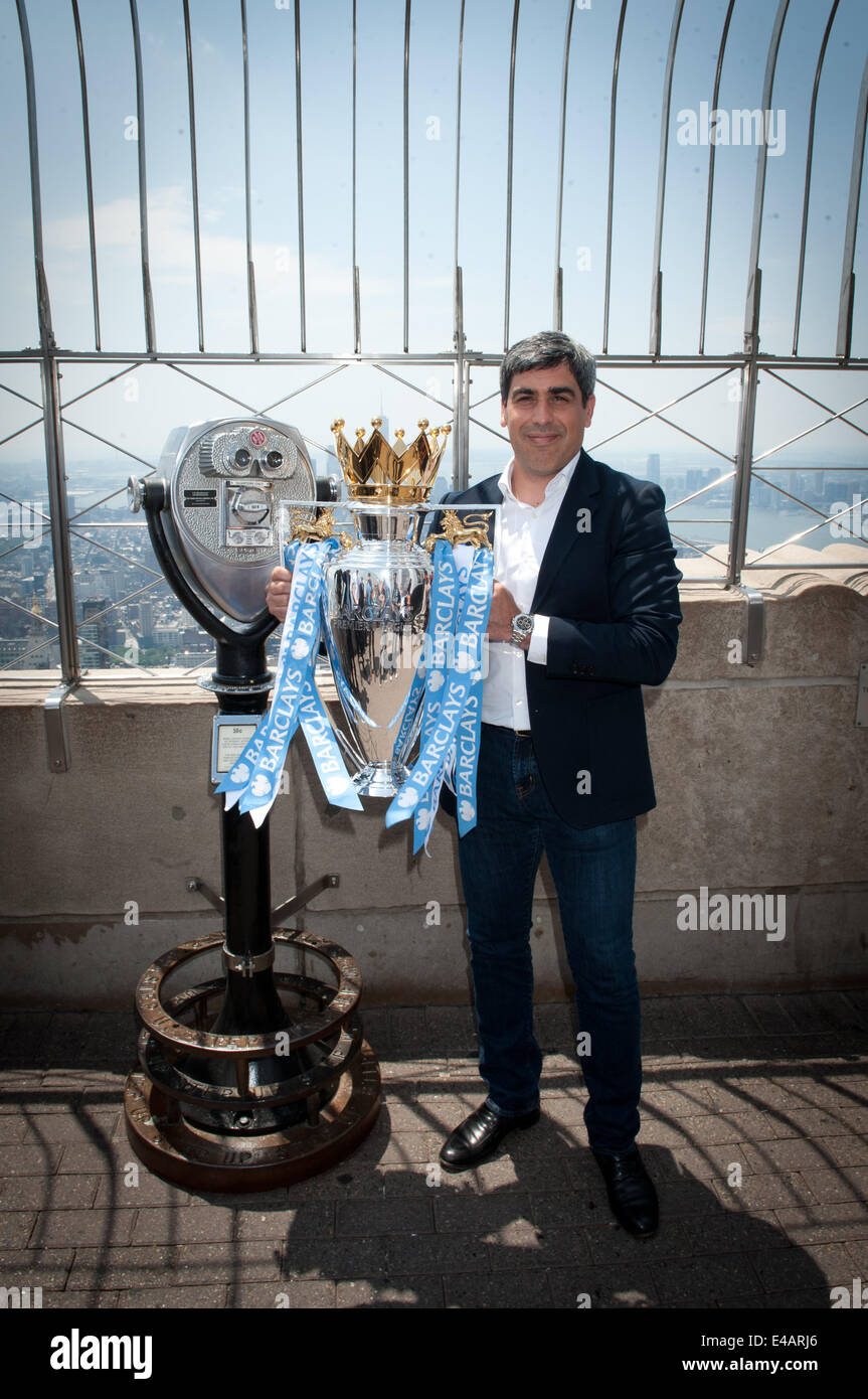 Manhattan, New York, USA. 7th July, 2014. Former US Men's National Team player and Manchester City player CLAUDIO - Stock Image