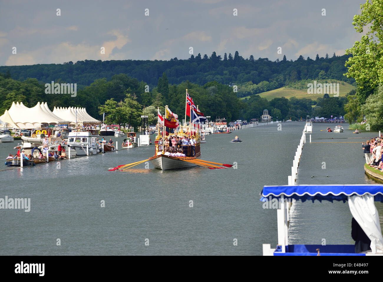 Henley on Thames, UK. 6th July, 2014.  'Gloriana, the rowing barge built for the Queen's Diamond Jubilee, took to Stock Photo