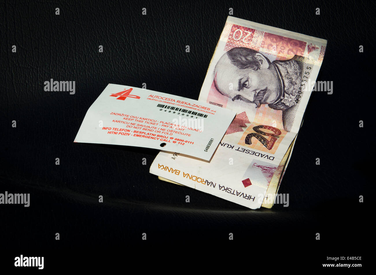 money, cash, ticket, A1 motorway, highway, Cestarina, Pay