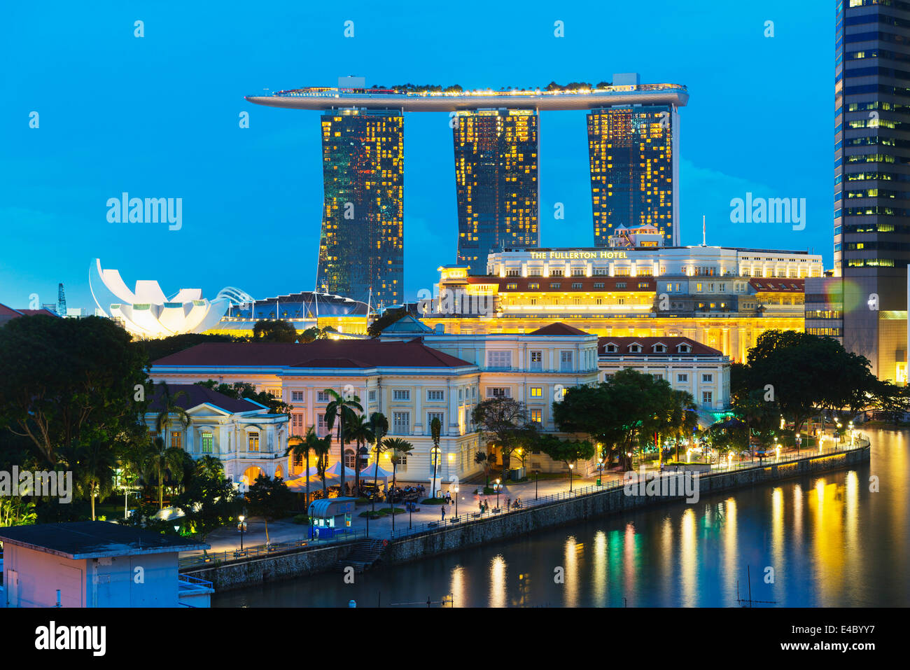 South East Asia, Singapore, Marina Bay Sands Hotel and Fullerton Hotel - Stock Image
