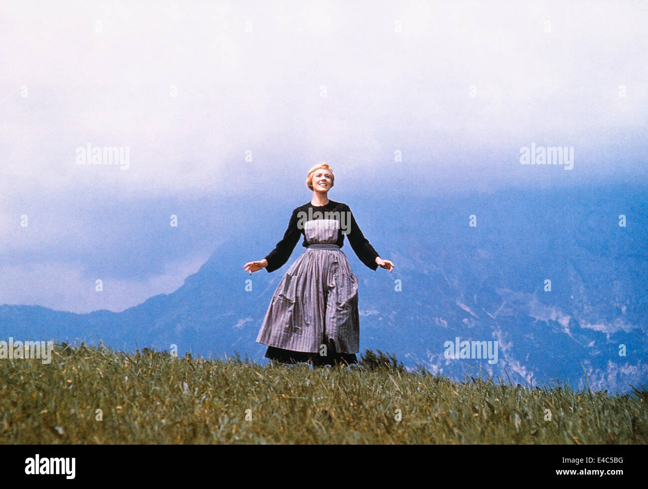 Julie Andrews, on-set of the Film, 'The Sound of Music', 1965 - Stock Image