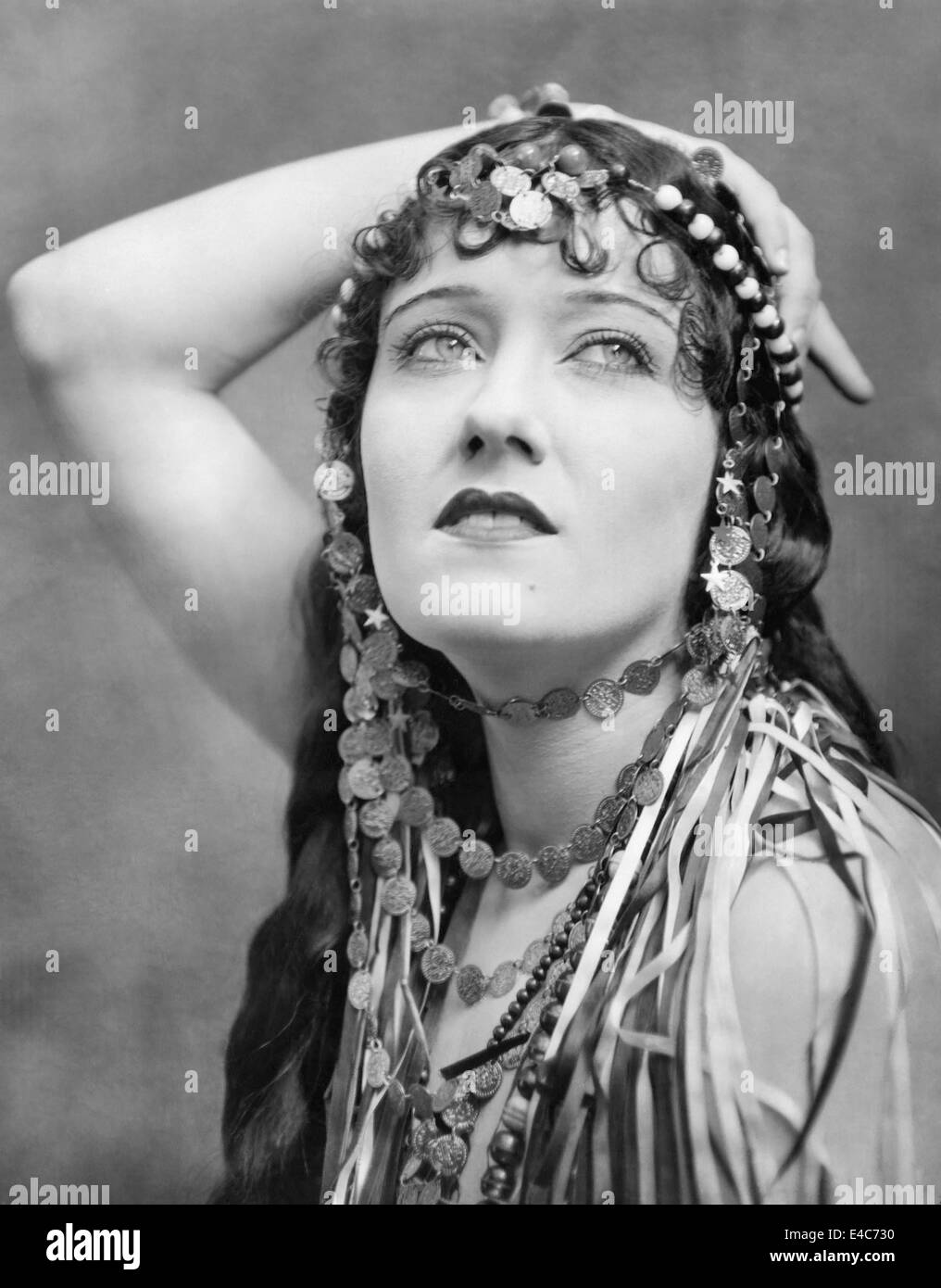 Sexy Sideboobs Gloria Swanson  naked (67 photo), YouTube, butt