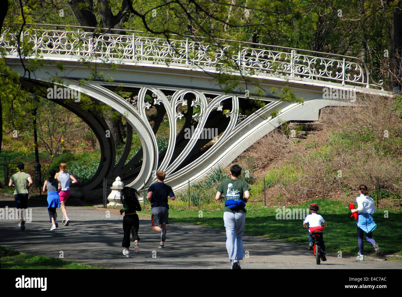 nyc joggers running past a superb cast iron art nouveau style