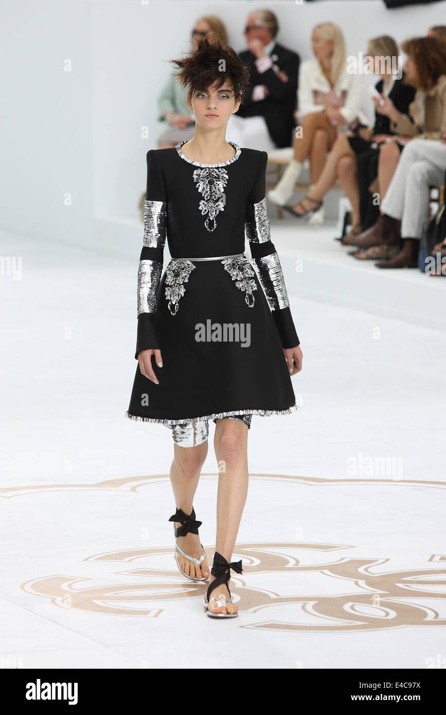 50defda41c60ce Models present Chanel fall winter 2014 2015 collection during the Paris  Haute Couture fashion week