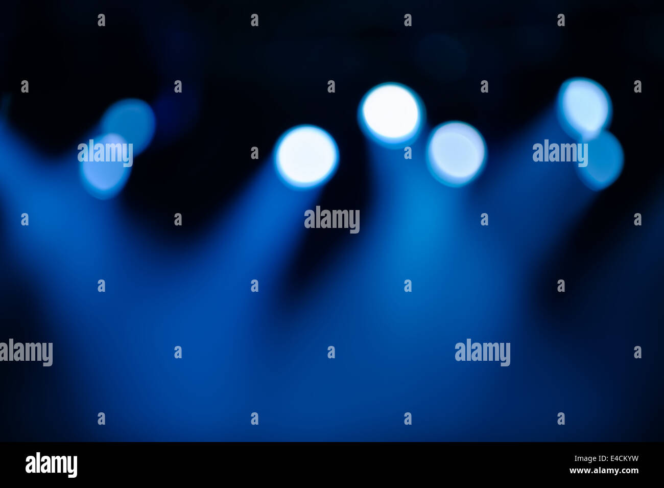 Defocused spots and lighting on stage background - Stock Image