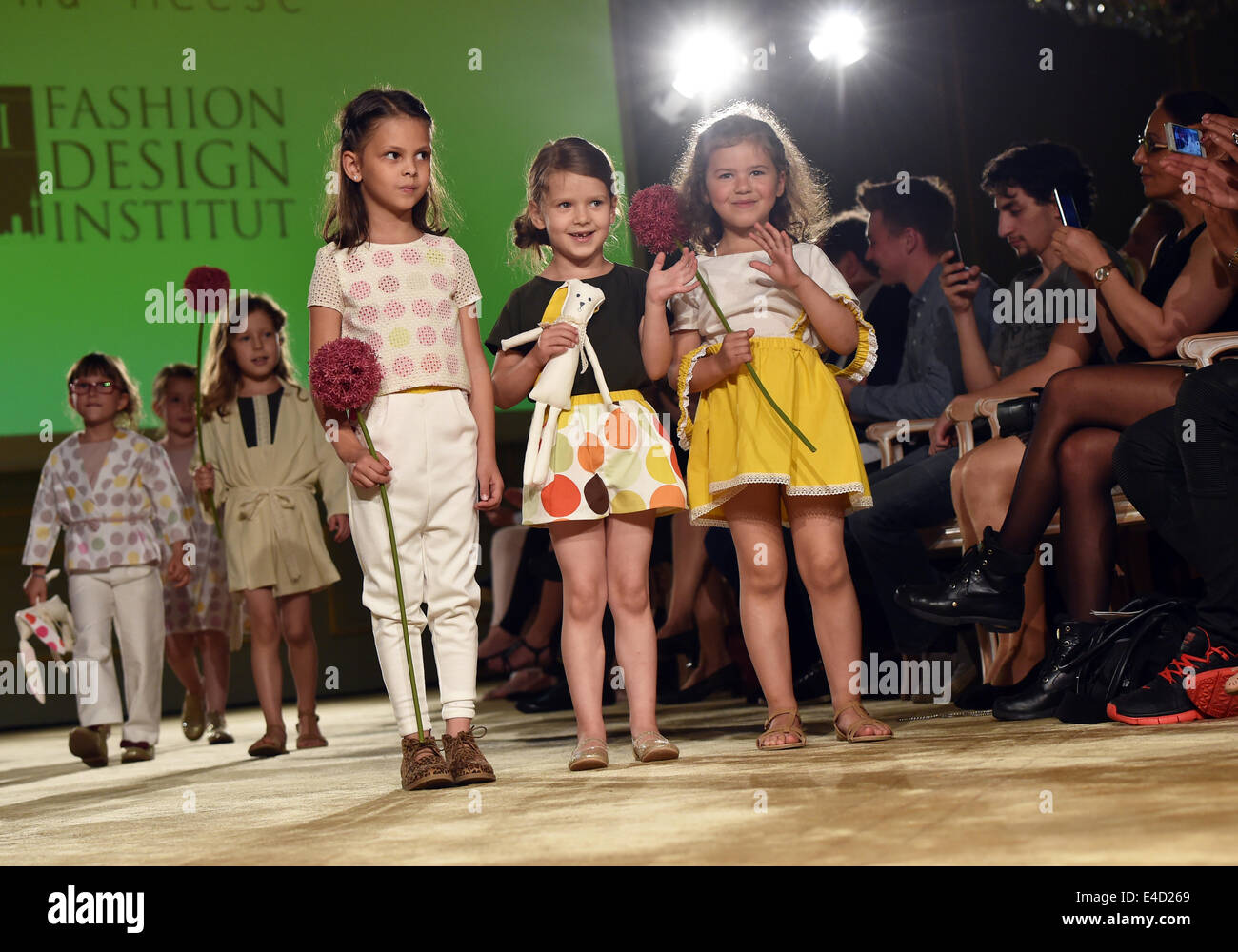 Berlin Germany 8th July 2014 Child Model Present Creations By Stock Photo Alamy