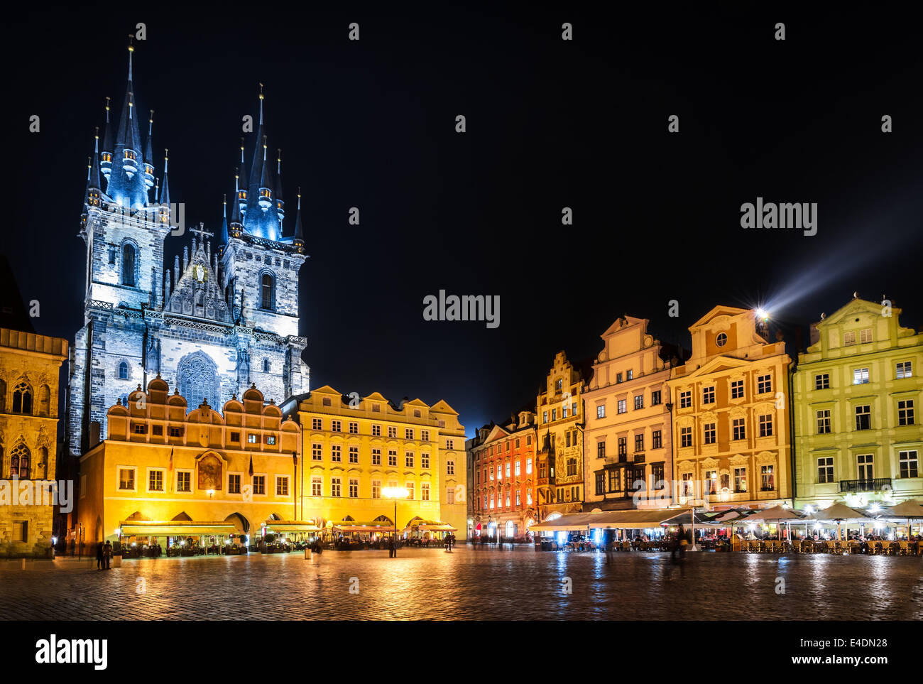 Image taken at night with one of the Prague symbols, Church of Our Lady of Tyn in Stare Mesto square. - Stock Image