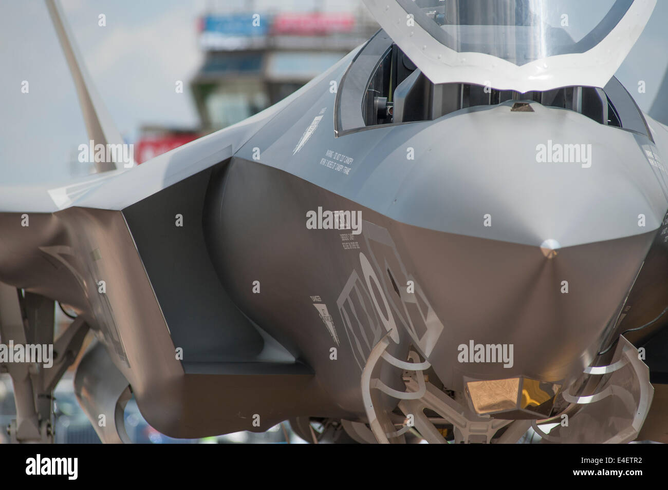 RAF Fairford, Gloucestershire UK. 9th July 2014. Lockheed Martin F35 Lightning fifth generation stealth aircraft - Stock Image