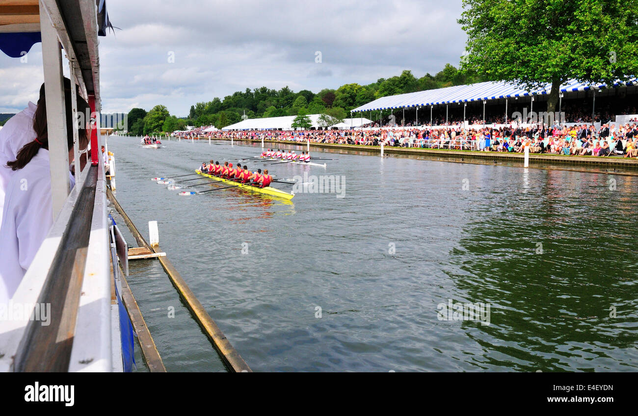 Progress officials in the  Progress box accessing  the race along the course at the 175 th Henley Royal Regatta. - Stock Image