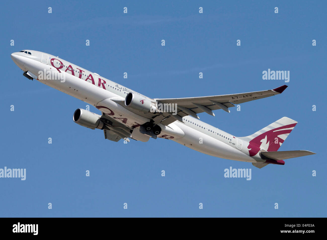 Airbus A330-300 of Qatar Airways. - Stock Image