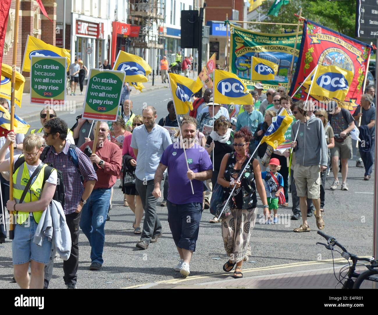 Exeter, Devon, UK. 10th July 2014. Public sector unions march and rally in Exeter as part of a national strike for - Stock Image