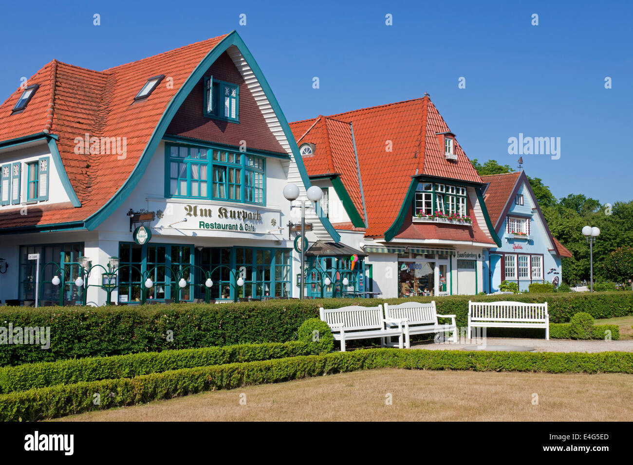 Restaurant and traditional houses at Boltenhagen, seaside resort along the Baltic Sea, Mecklenburg-Vorpommern, Germany - Stock Image