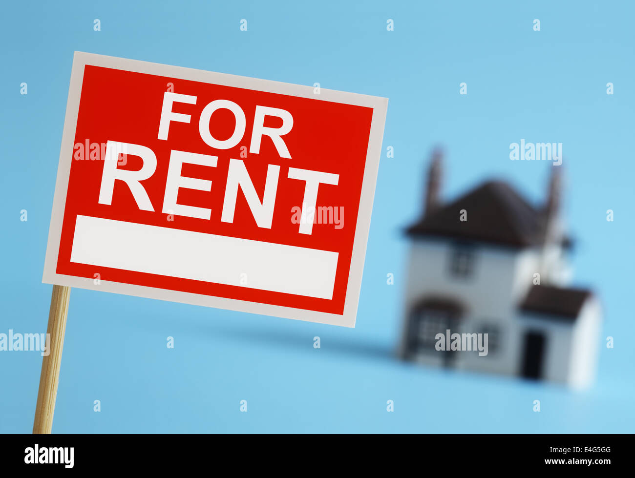Real estate agent for rent sign - Stock Image