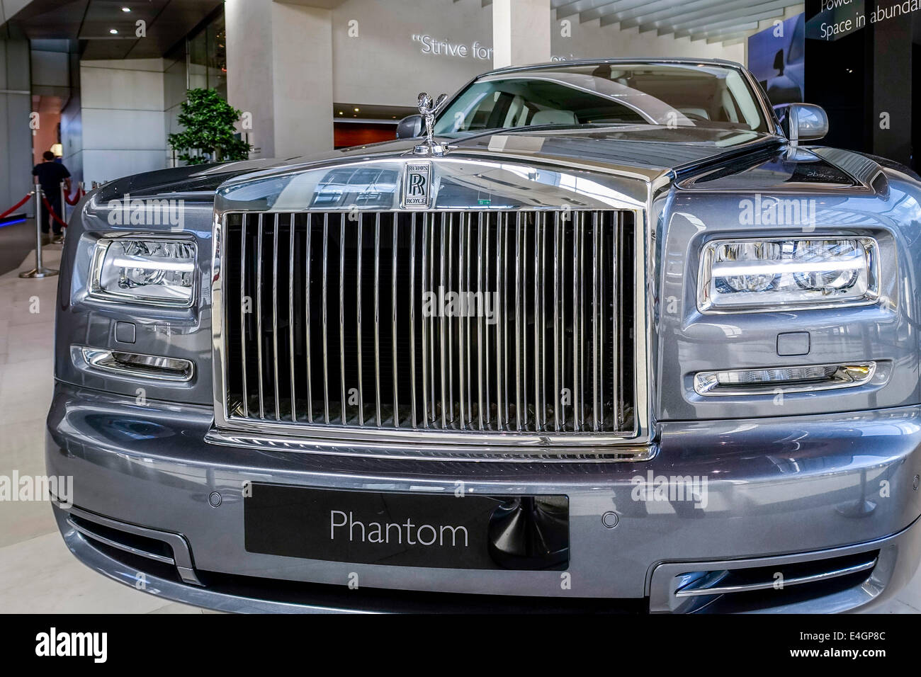 rolls royce hood ornament emily stock photos rolls royce. Black Bedroom Furniture Sets. Home Design Ideas