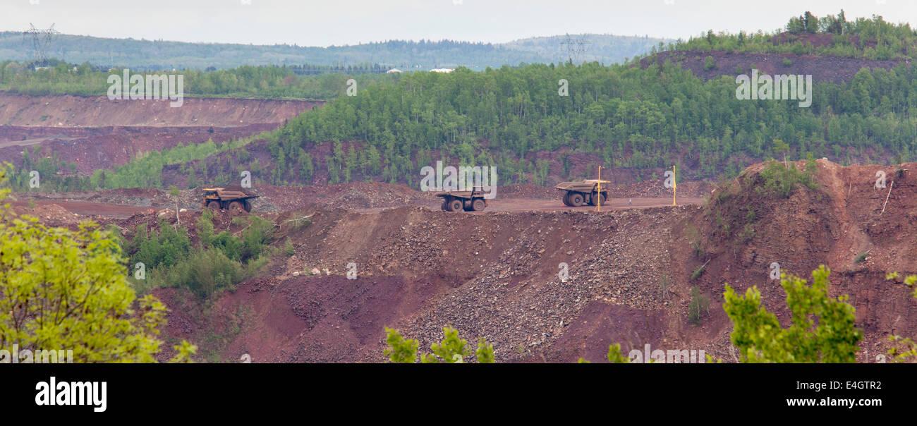 Hibbing, Minnesota - The Hull Rust Mahoning, the world's largest open pit iron ore mine. - Stock Image