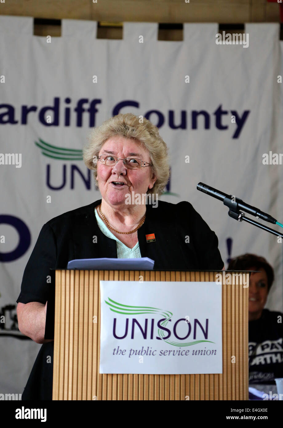 Cardiff, Wales, UK. 10th July, 2014. Public Sector Strike one day strike 10th July 2014. Speaker at the Temple of - Stock Image