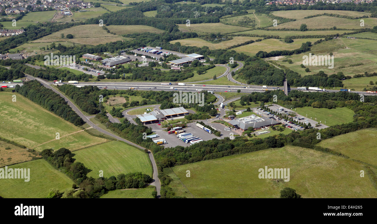 aerial view of M1 services - the Tibshelf Motorway Service Station - Stock Image