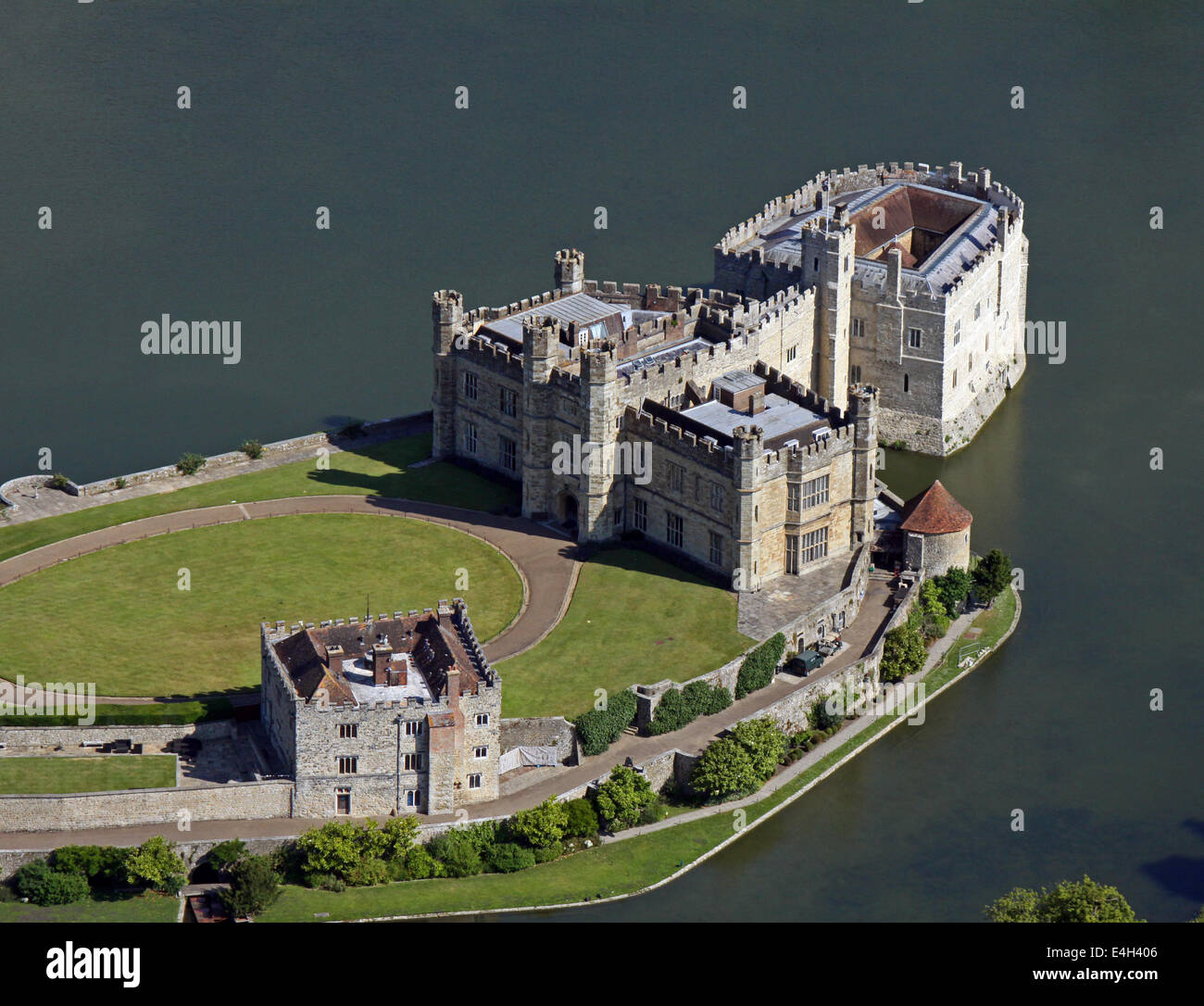 aerial view of Leeds Castle in Kent - Stock Image