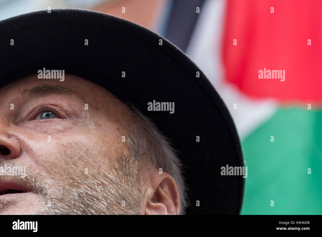 London, UK. 11th July, 2014. George Galloway, Respect Party Member of Parliament, speaks at the protest against - Stock Image
