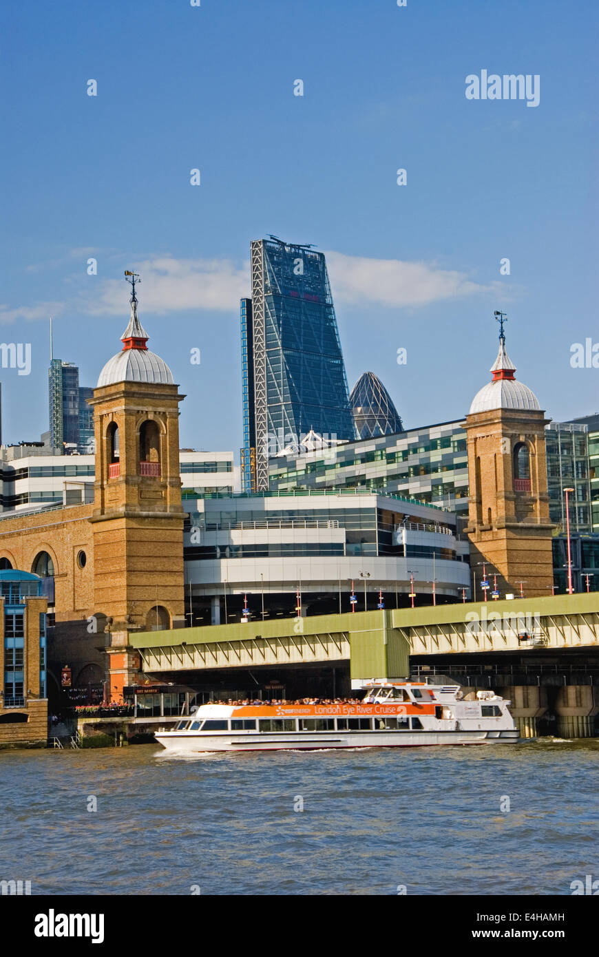Cannon Street station stands on the north bank of the River Thames in the heart of the City of London. - Stock Image