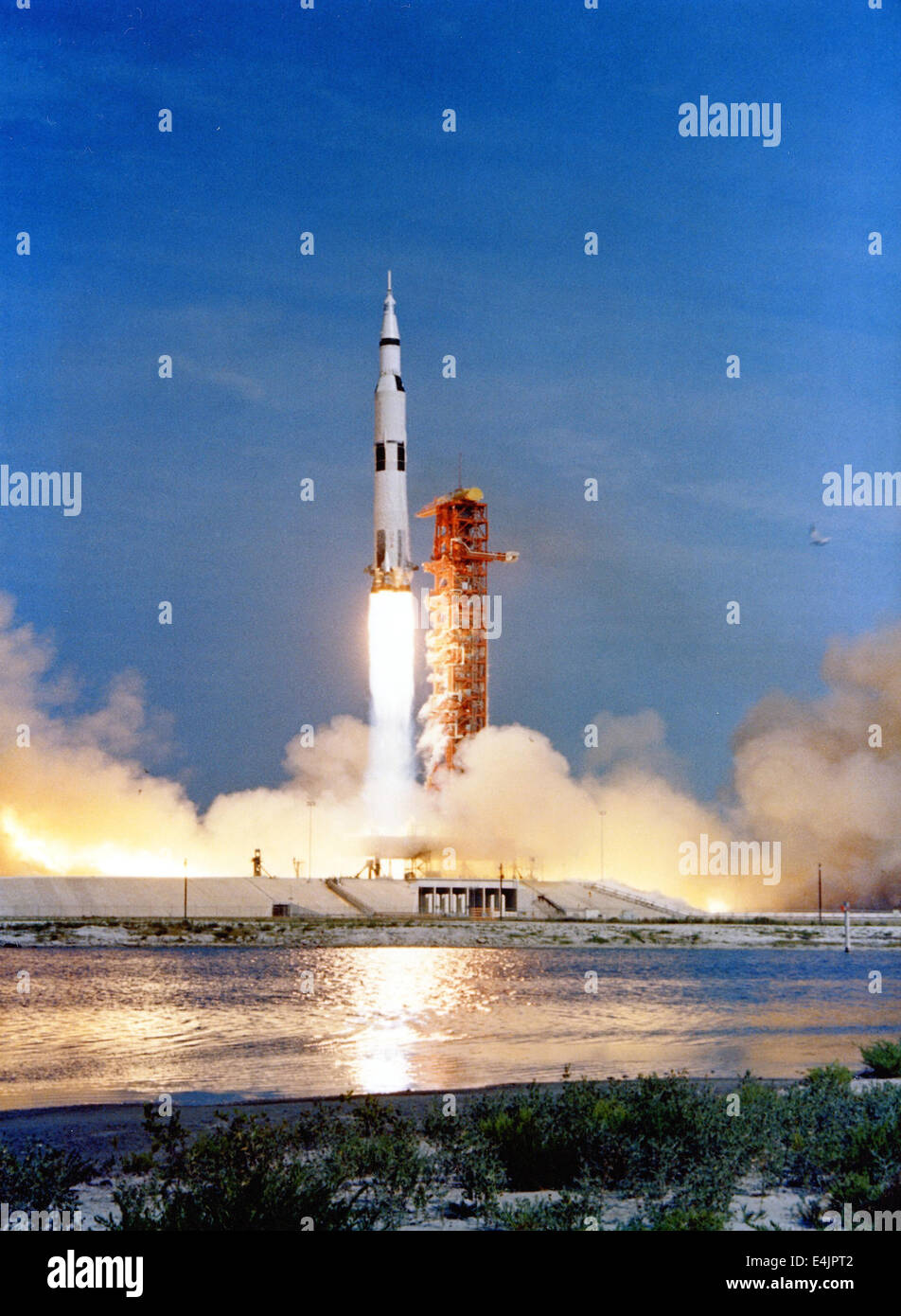 medium-distance view of Apollo 11 liftoff - Stock Image
