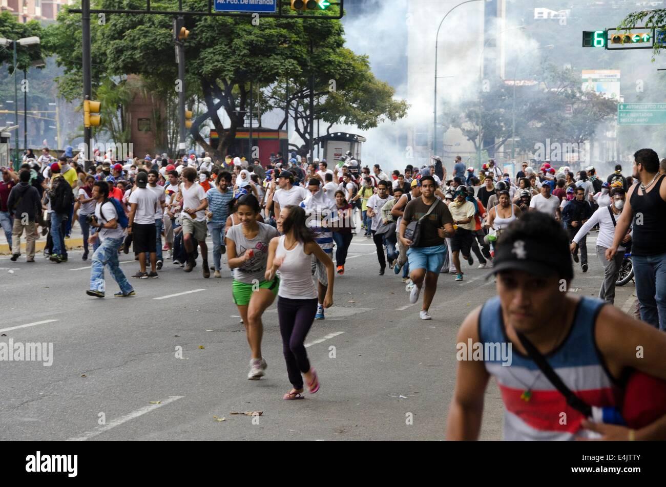 Venezuelans protest en masse in rival rallies. Altamira square. Caracas, Venezuela. - Stock Image