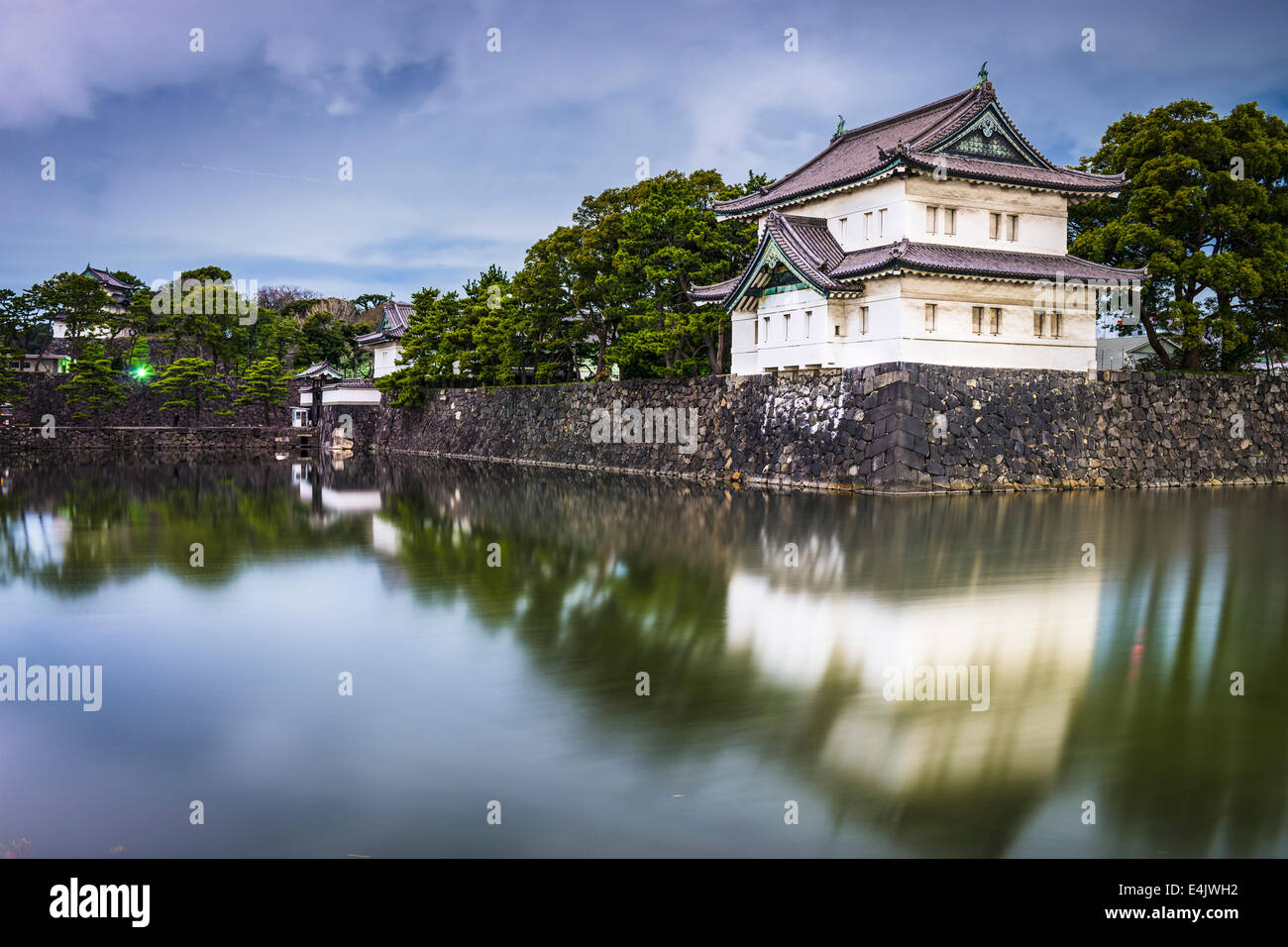 Tokyo, Japan Imperial Palace outer moat at night. - Stock Image