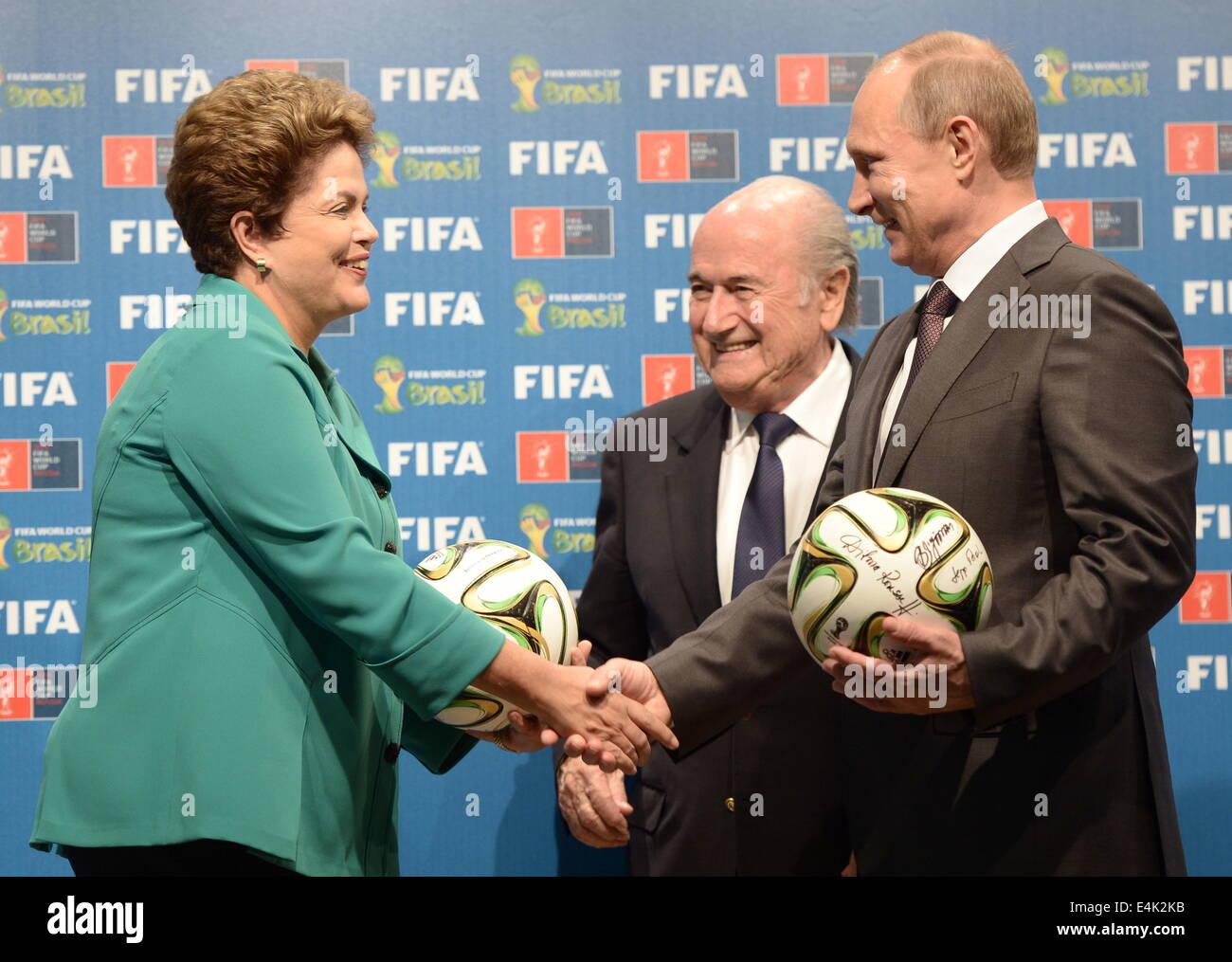 Rio De Janeiro, Brazil. 13th July, 2014. Brazilian President Dilma Rousseff, FIFA President Joseph Blatter, and - Stock Image
