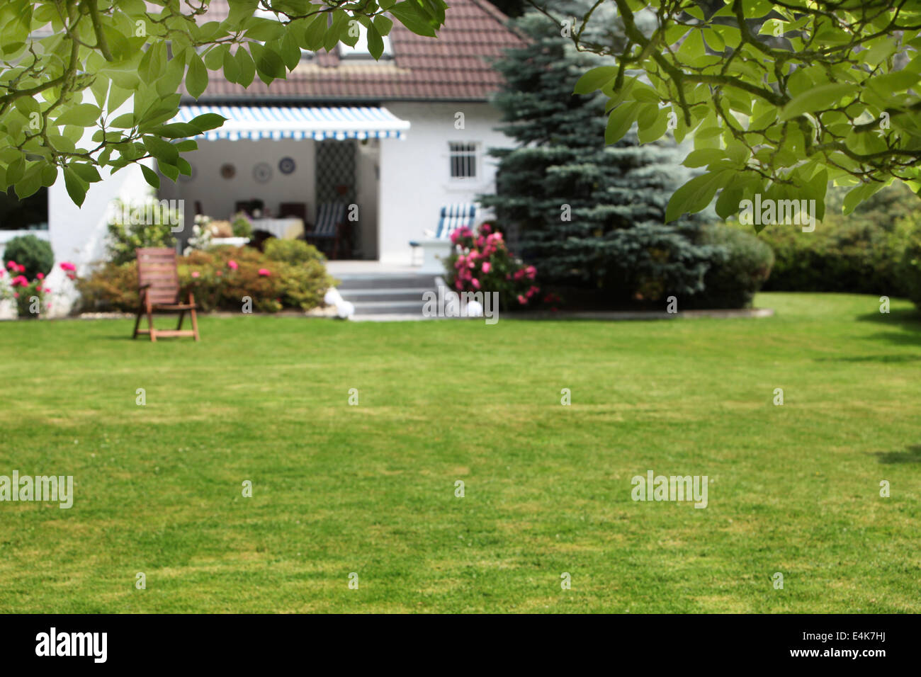 Small House With Beautiful Garden Stock Photo Alamy