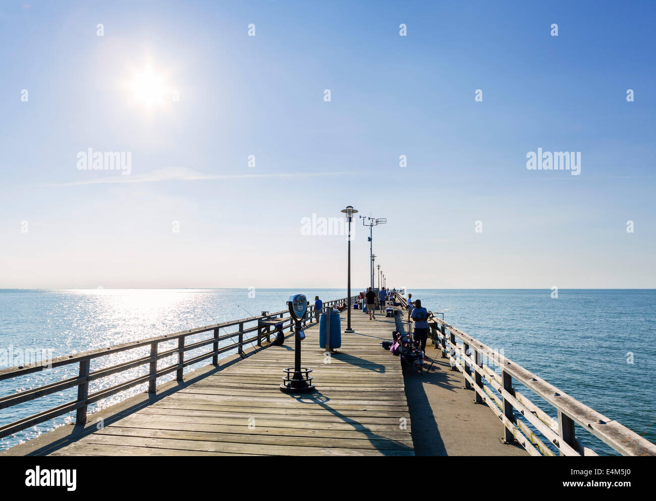 The fishing pier on Sea Gull Island, a part of the 23 mile long Chesapeake Bay Bridge-Tunnel, near Virginia Beach, - Stock Image
