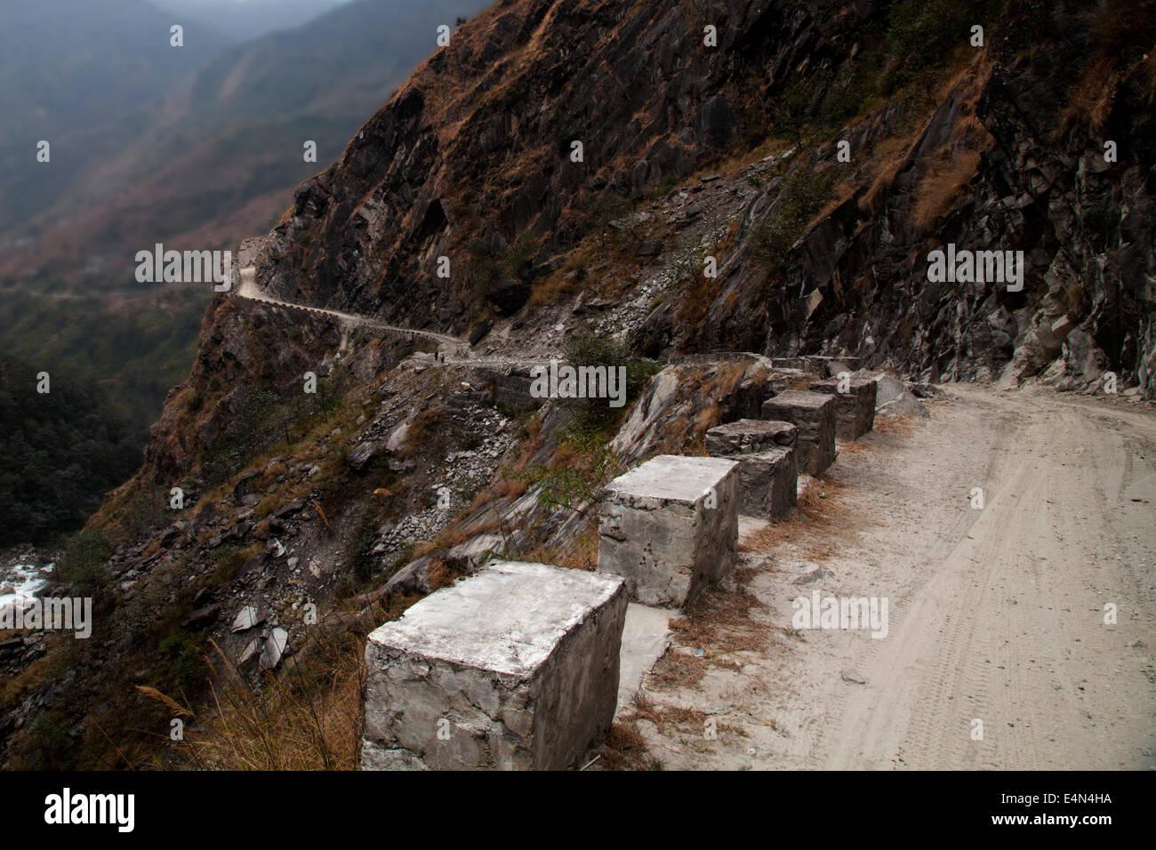 Tatopani to Jomsom road, Himalayas, Annapurna, Nepal - Stock Image