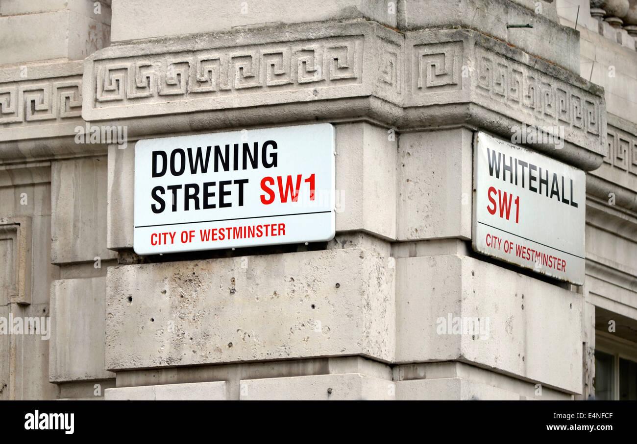 Straßenschild Downing Street SW1 Whitehall, Sitz des Premierminister, London, England, Großbritannien - Stock Image