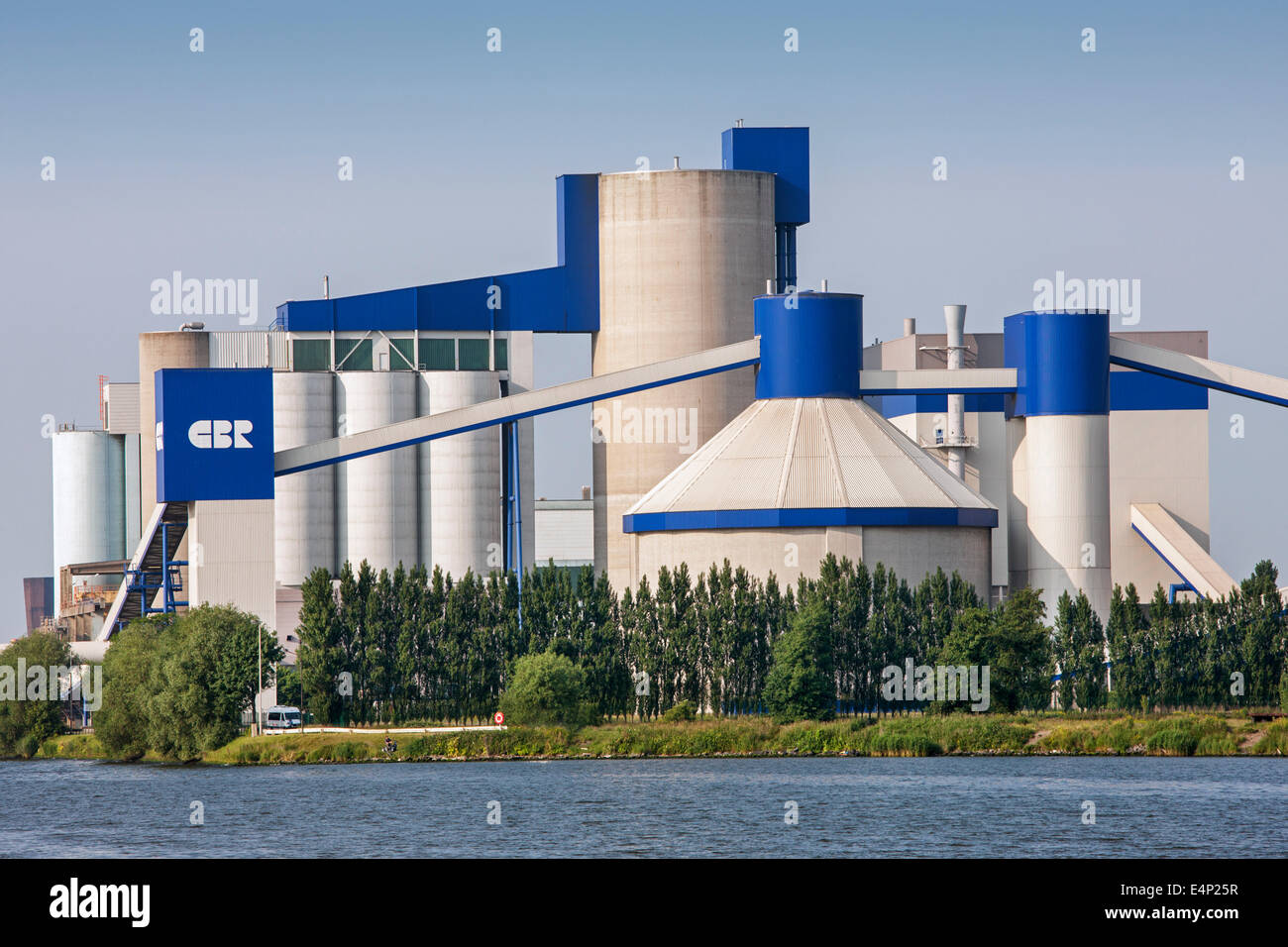 CBR, cement plant along the Ghent-Terneuzen Canal at Ghent seaport, East Flanders, Belgium - Stock Image