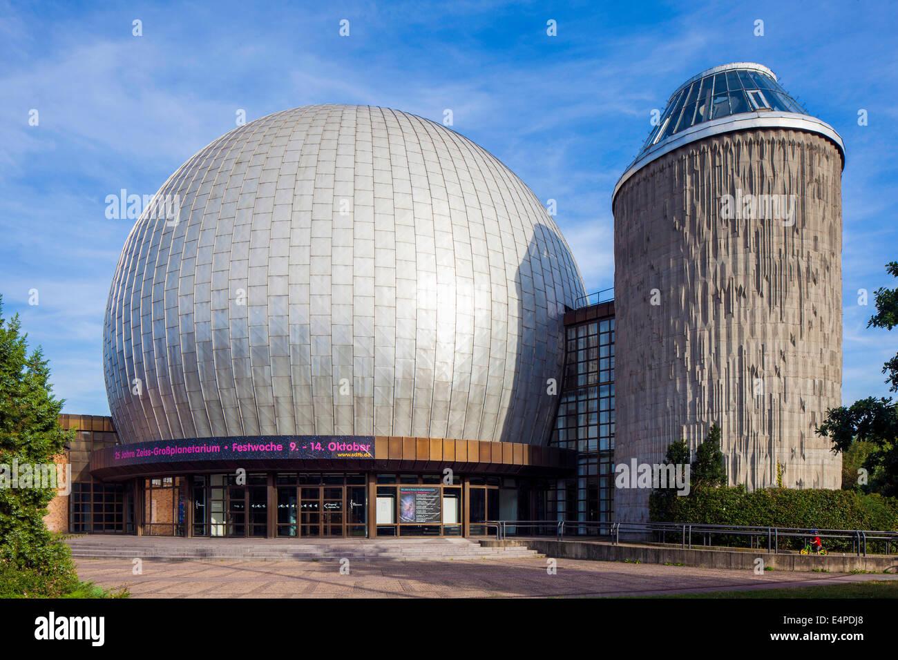 Zeiss Major Planetarium, Ernst-Thälmann-Park, Prenzlauer Berg, Berlin, Germany - Stock Image