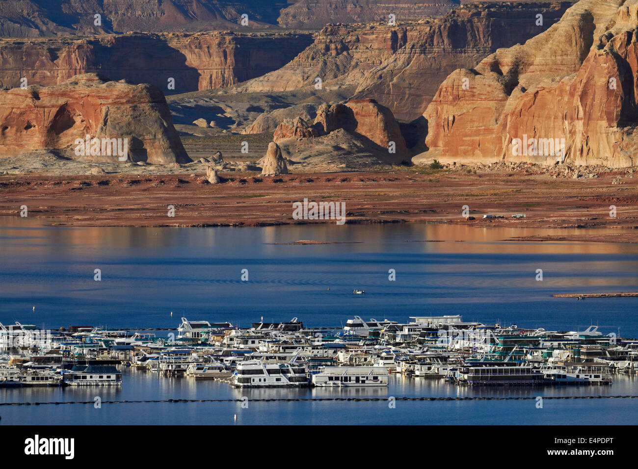 Lake Powell And Houseboats At Wahweap Marina, Wahweap