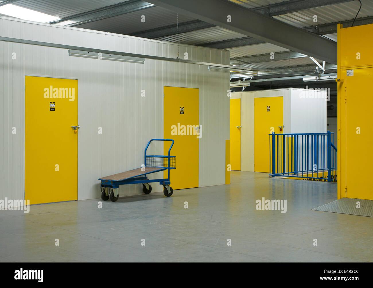Corridor in self-store facility - Stock Image