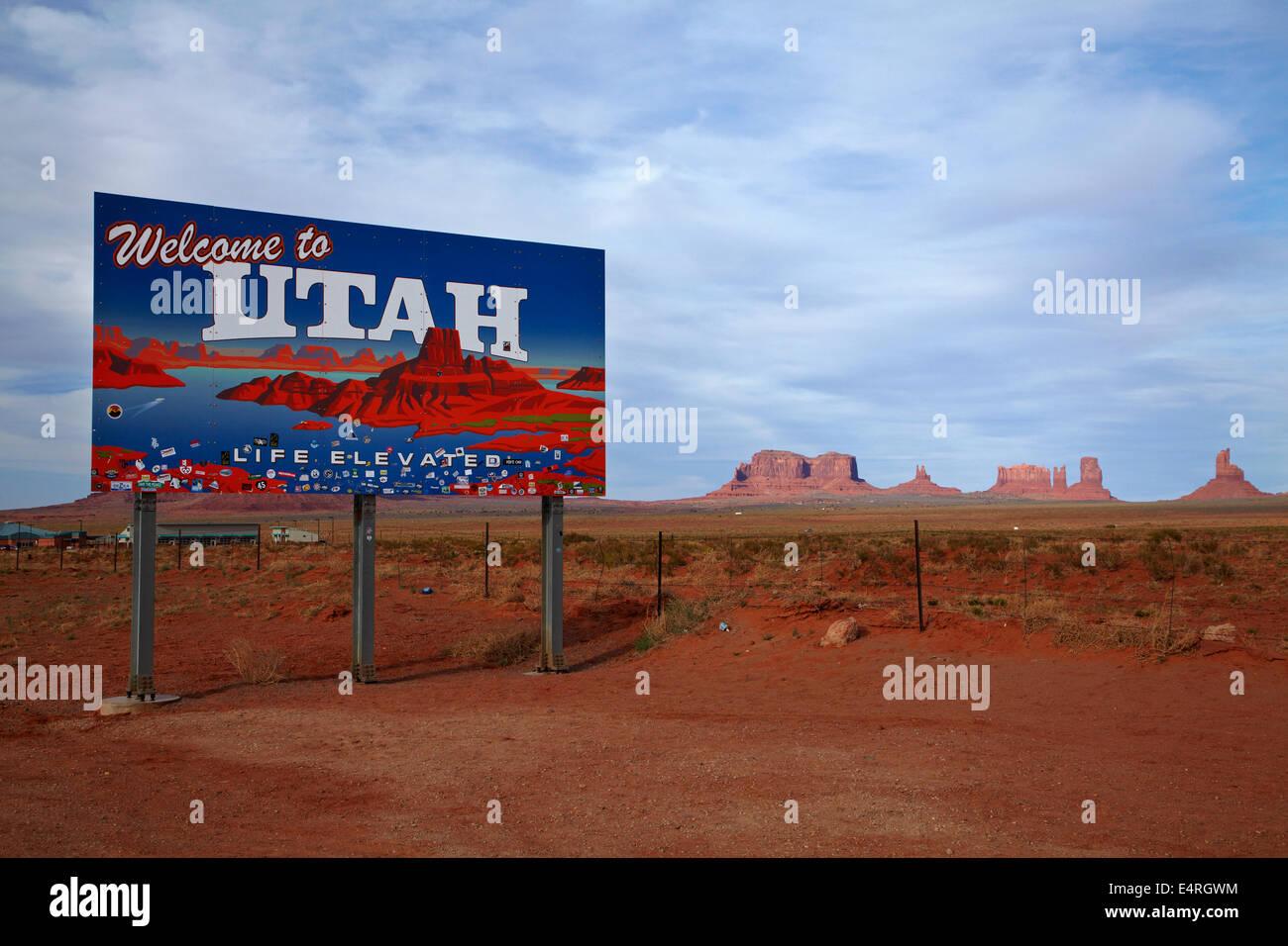 Welcome to Utah sign, Monument Valley, Navajo Nation, Utah/Arizona Border, USA - Stock Image