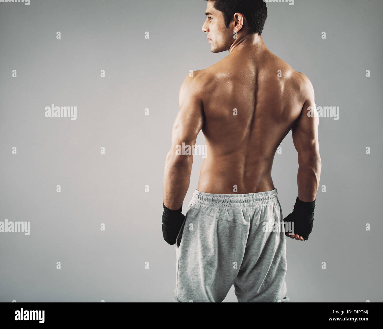 Boxer That Fit Wiring Diagrams Sierra Parts Diagram Http Wwwjustanswercom Gm 4jz3w1999gmcenvoy Rear View Of Muscular Young Male Standing Looking Away Rh Alamy Com