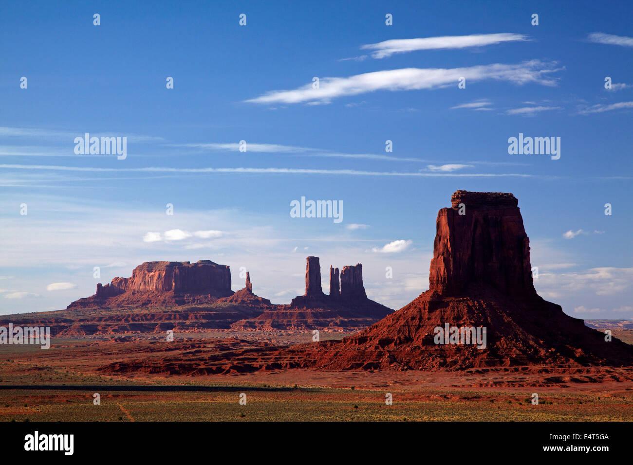 View from Artists Point, Monument Valley, Navajo Nation, Utah/Arizona Border, USA - Stock Image